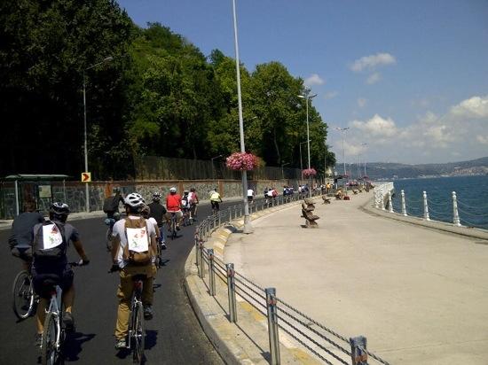 tarabya-sahilde-bisiklet2.jpg